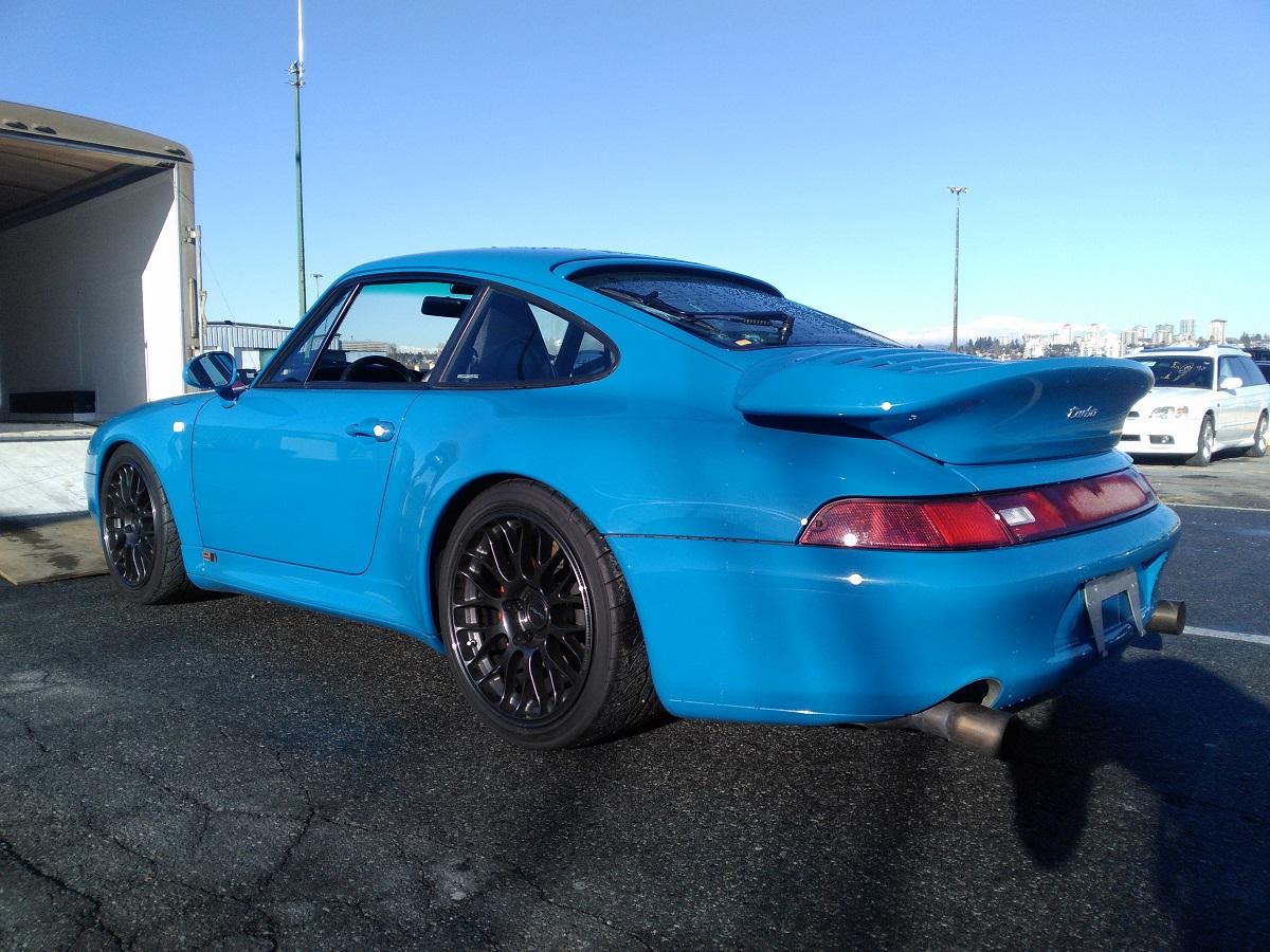 Porsche Transport Service